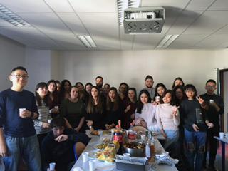 photo de groupe des étudiants du master 2 GRH Audit social